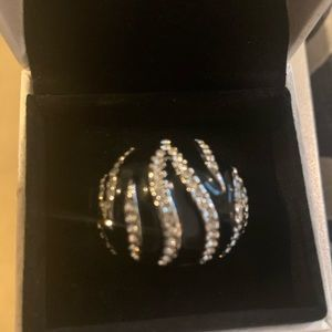 Silver and Black Cocktail Ring 💍